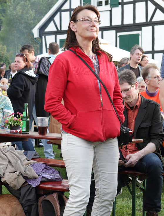 38 folk am fluss 2014